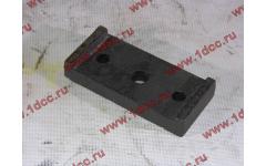 Пластина скобы крепления переднего стабилизатора H фото Россия