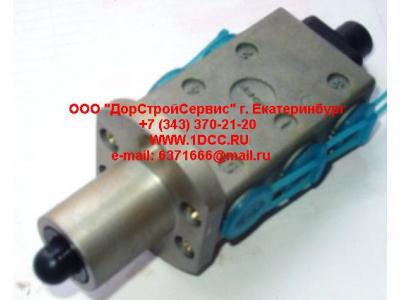 Клапан управления КПП (3+2 отв. под трубки) H2/H3,C,DF HOWO (ХОВО) F99660 фото 1 Россия