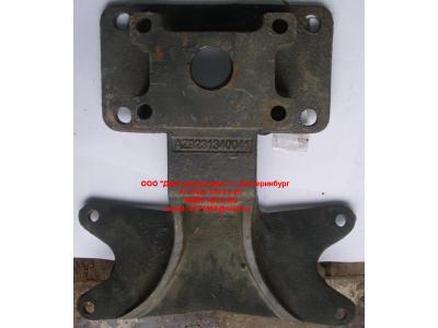 Кронштейн крепления V- образной тяги задний мост большой H HOWO (ХОВО) WG9761345551