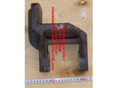 Кронштейн передней рессоры передний H 6х4, 8х4 HOWO (ХОВО) AZ9719520005