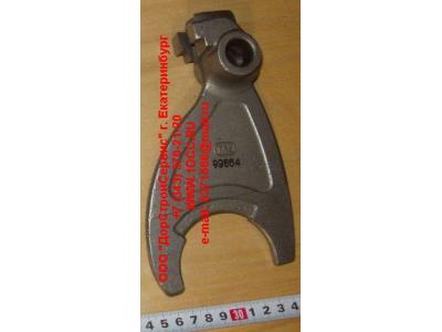 Вилка переключения пониженной передачи-заднего хода H2/H3 КПП (Коробки переключения передач) F99664