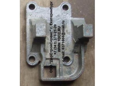 Кронштейн крепления реактивной тяги к заднему мосту большой правый H HOWO (ХОВО) AZ9725520293